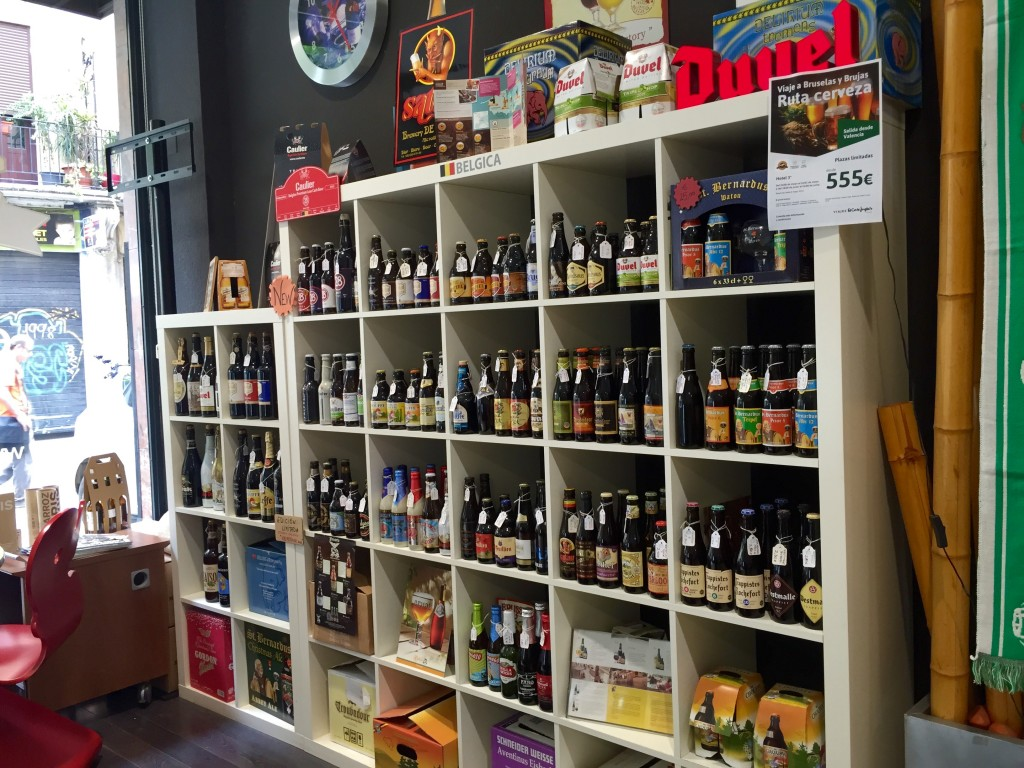 A visit to Beers and Travels beer shop and travel agent, Valencia