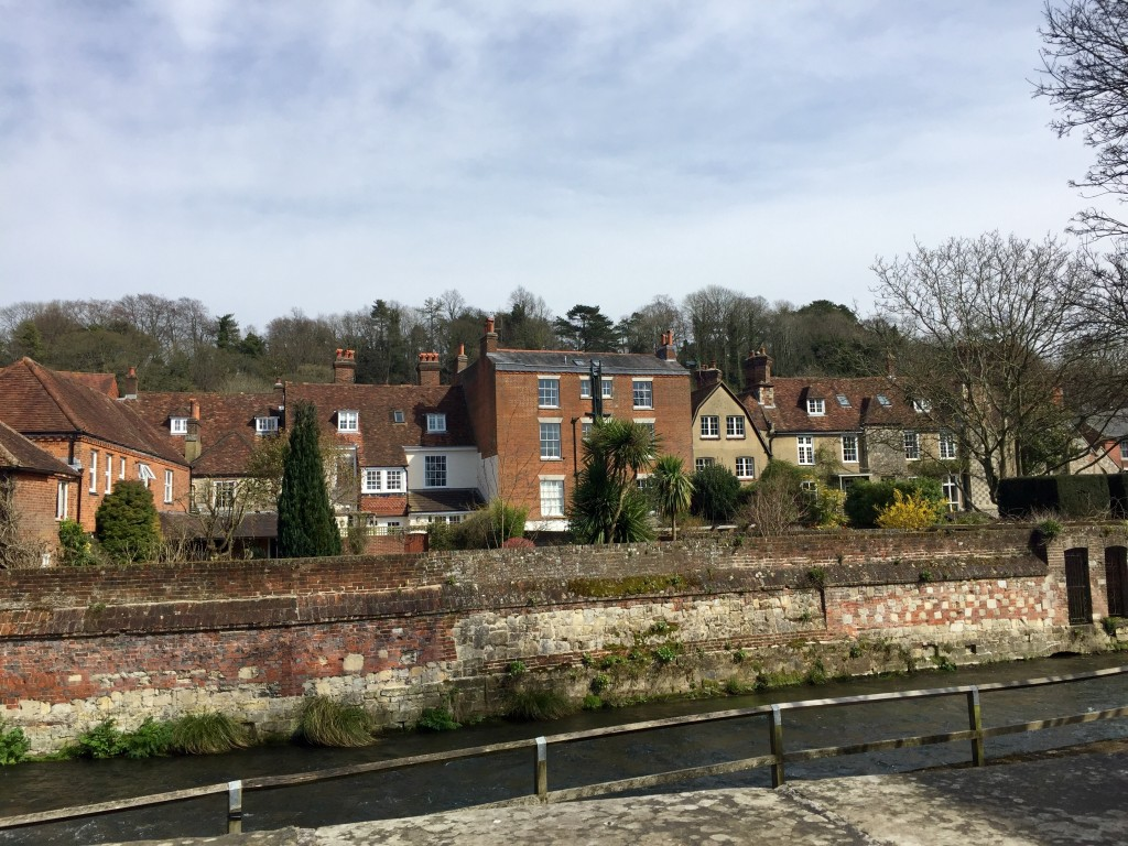 Houses-The-Weirs-Winchester