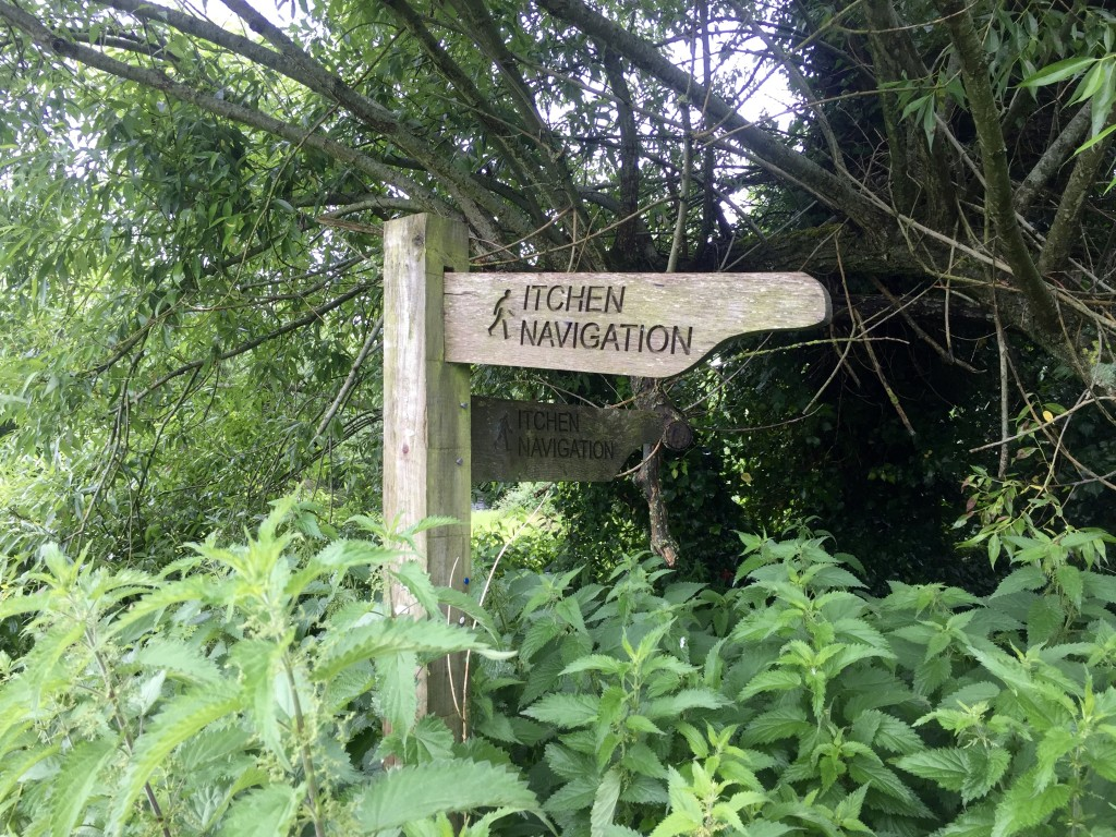 Walking the Itchen Way river footpath from Southampton to Hinton Ampner