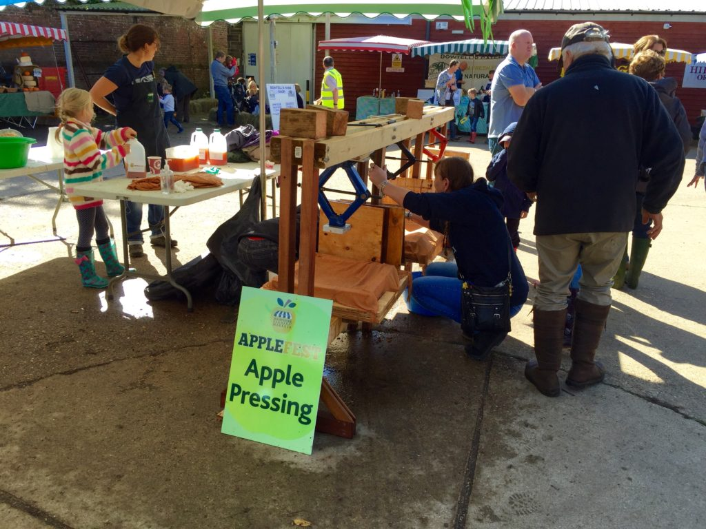 pressing-applefest