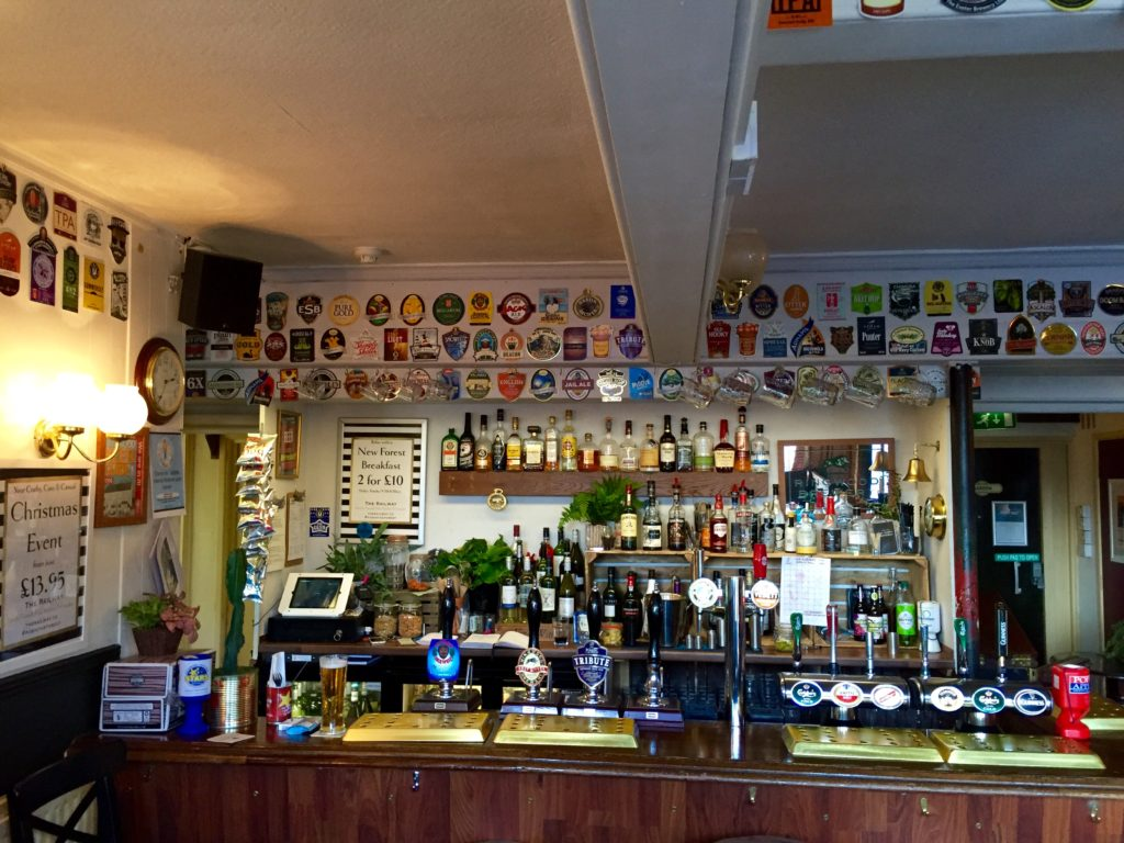 railway-pub-ringwood-interior-bar